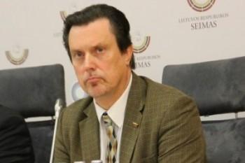 V. Juozapaitis ragina kultūros ministrą  prisiimti atsakomybę