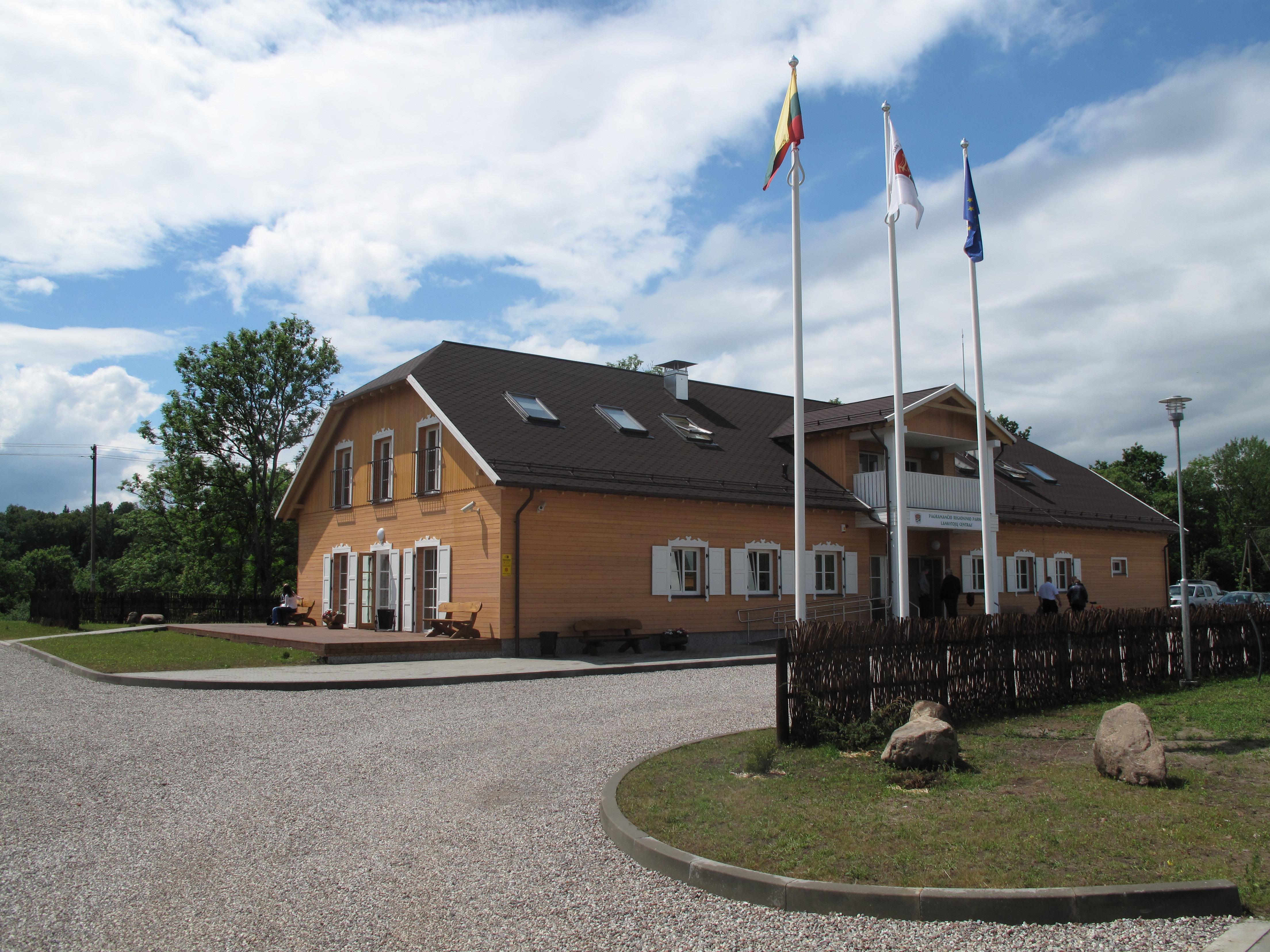 Iškilmingai atidarytas Pagramančio regioninio parko lankytojų centras (papildyta video)