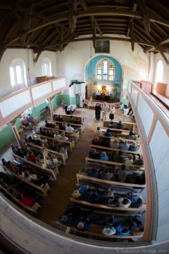 """Poezijos ir muzikos vakaras """"Kalbėjimas tylos laiku"""" Lauksargių bažnyčioje. Romualdo Vaitkaus nuotr."""
