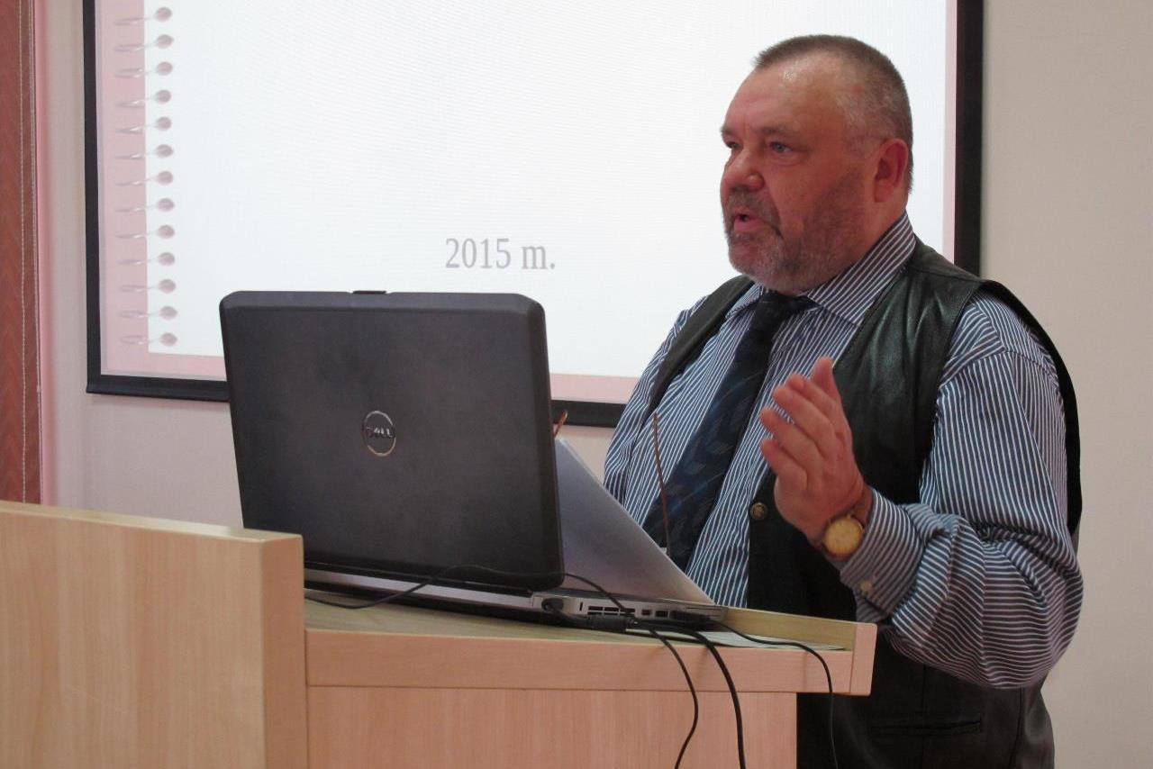 Konferencija ir nauja E. Mažrimo knyga (nuotraukos)