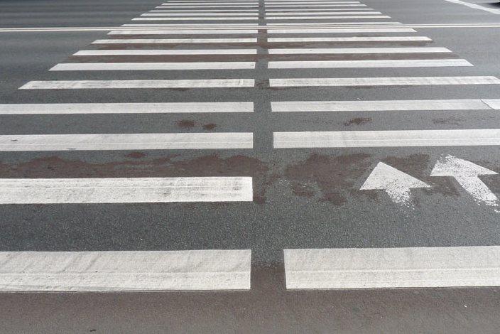 Bus gerinamas eismo saugumas prie mokyklų pėsčiųjų perėjų