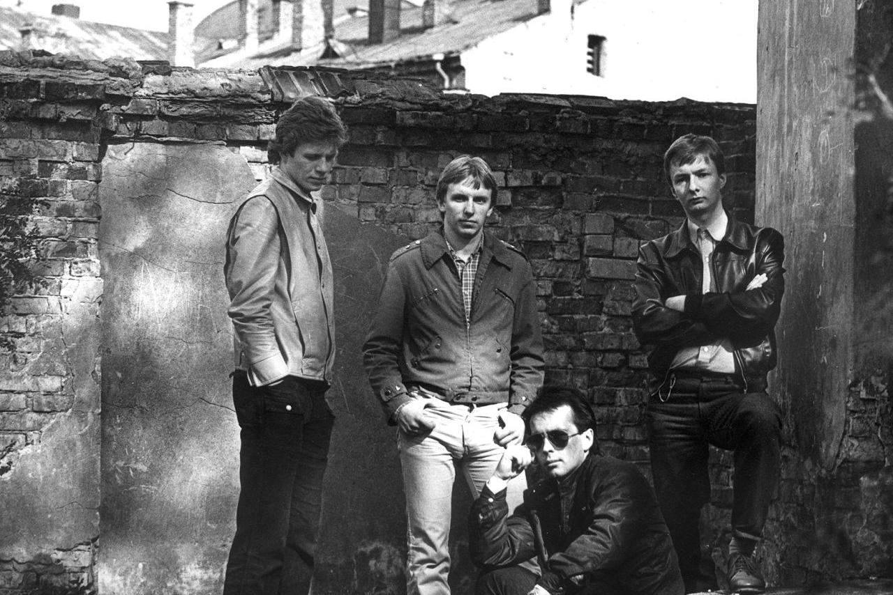 """Grupė """"Saulės laikrodis"""" išleidžia vinilo plokštelę, turėjusią pasirodyti prieš 34 metus"""