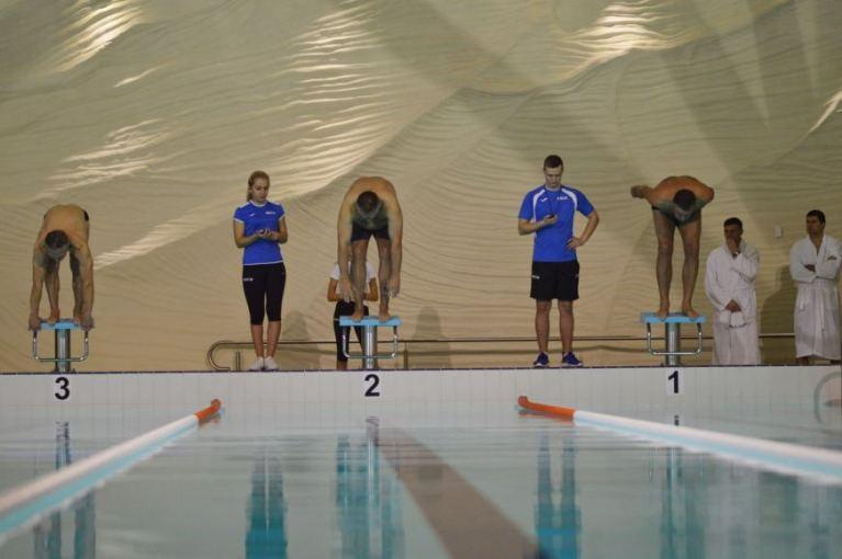 Tarpmiestinėmis plaukimo varžybomis paminės Kovo 11-ąją