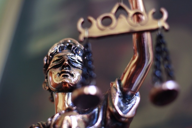 Nemokamą pirminę teisinę pagalbą teiks advokato Romualdo Juščiaus kontora