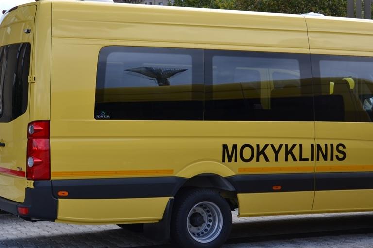 Tauragės rajono savivaldybei- du nauji geltonieji autobusai