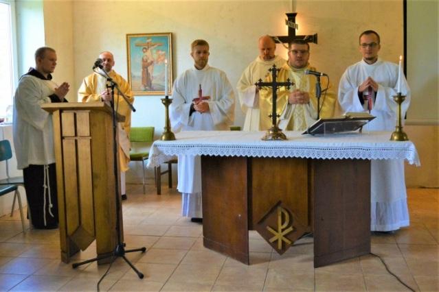 Paulių kaime įsteigtas Šv. Pranciškaus Asyžiečio mažesniųjų brolių kapucinų vienuolynas