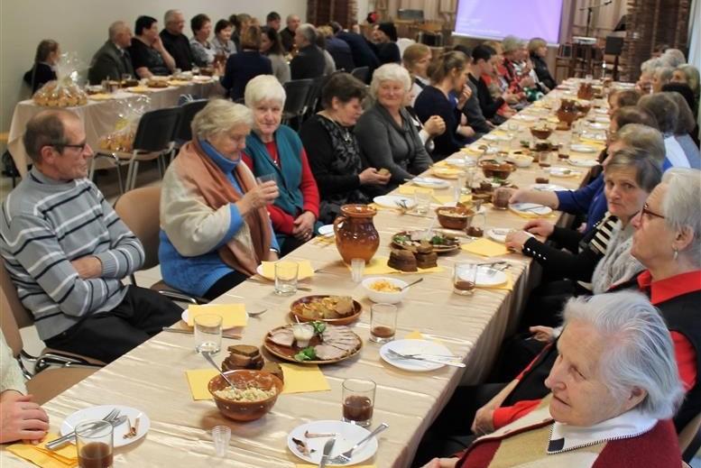Tradicinėje mažoniškių šventėje pamirštos negalios ir kasdieniai rūpesčiai