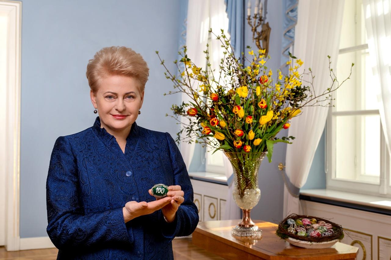 Prezidentės Dalios Grybauskaitės sveikinimas Lietuvos žmonėms šv. Velykų proga