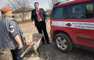 Tauragės ir Pagėgių savivaldybėse vykdomi reidai dėl žolės deginimo