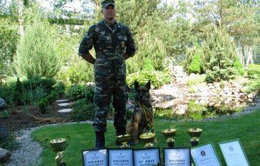Geriausiu pasieniečių tarnybiniu šunimi tapo belgų aviganė Coco