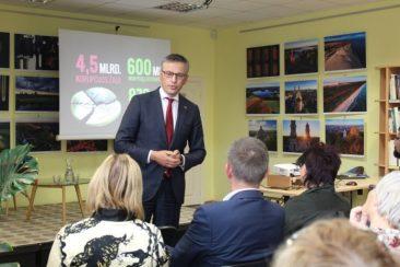 Nacionalinio saugumo ir gynybos komiteto pirmininkas Vytautas Bakas