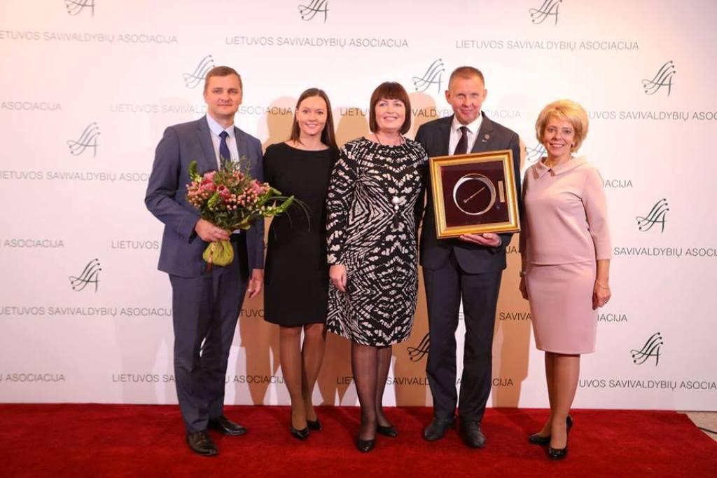 """""""Auksinės krivūlės"""" apdovanojimas vėl atkeliauja į Tauragės savivaldybę (nuotr.)"""